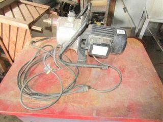 Utilitech Portable lawn Pump