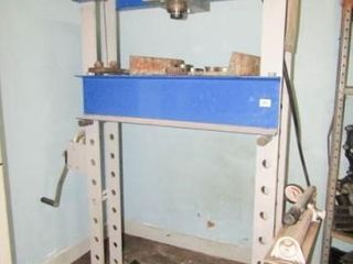 OTC 25 Ton Hydraulic Press