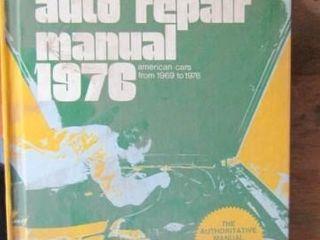 ChiltonIJs Auto Repair Manual 1976