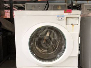 Speed Queen Commercial High Efficiency Washer Extra large Capacity