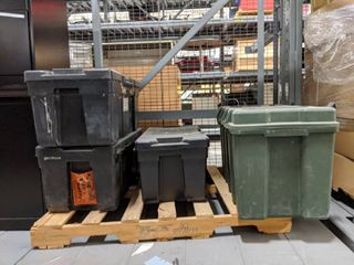 4  Storage Trunks