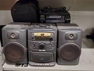 Emerson CD Player  Panasonic CD Player