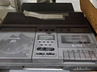 5  Eiki Model 7070A