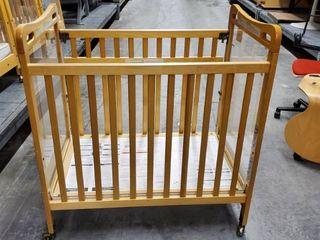 Kaplan Secure Hold Easy Reach Crib