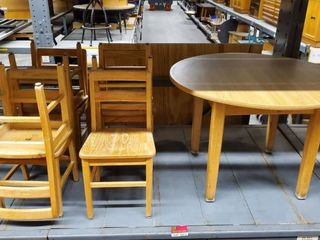 36in Oak Table With 7 Kid Chairs