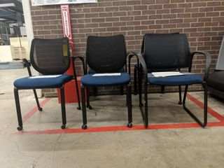 5  Hon Chairs  Four Rolling Chairs  One Without Wheels