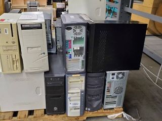 Pallet Of Computer Towers