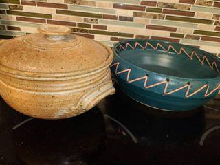 Pottery Bowls  2 pcs  1 bowl has a lid