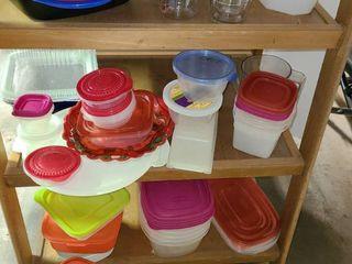 Box of Random Tupperware  Plastic Containers