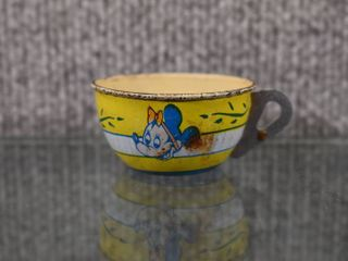 Vintage 1950 s Minnie Mouse Tin Toy Cup   J Chein and Company  Made in USA   1  Tall 2  Wide