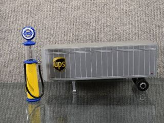 lot of 2 UPS Trailer  Chevy Service Mini Gas Pump Replica   Trailer Made in China    Die Cast Metal   Trailer 3 1 4  Tall  8 1 2  long  Pump 5 1 4  Tall
