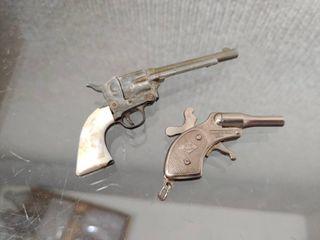 Vintage lot of 2 Mini Toy Cap Guns   Molgora Mignonnette Cap Gun  Steer Handle Cap Gun   3 1 2