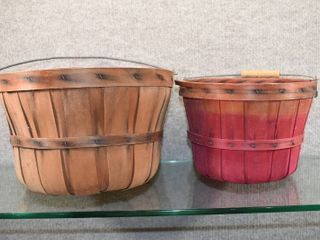 Vintage lot of 2 Wood Fruit Baskets Two Sizes   9    12