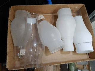 lot of 5 Clear and Frosted Glass Hurricane Chimney   3  Base 9  Tall