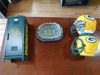 lot of 4 Green Bay Packers Memorabilia Items   locker  Mini Helmet  Mini Stadium  Helmet Cup