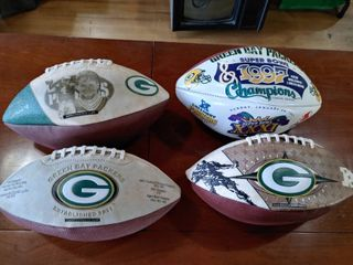 lot of 4 Green Bay Packers Footballs   Wilson   Super Champions