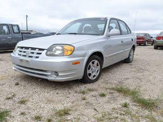 2003 Hyundai Accent   VIN KMHCG45C03U4493268