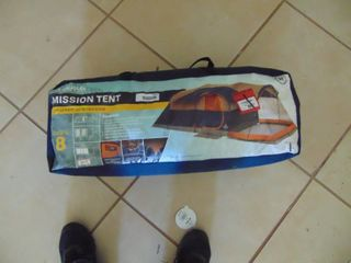 Mission Tent  Sleeps 8  unknown issues