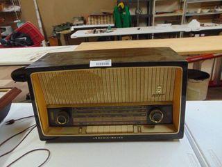 Grundig model 2600 Radio