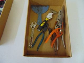 Misc  Tool lot pliers  screwdrivers