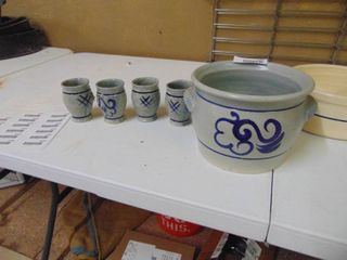 Assorted Pottery Pieces