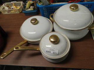lot of 3 Porcelain Coated Pots with lids