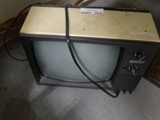 Magnavox Television