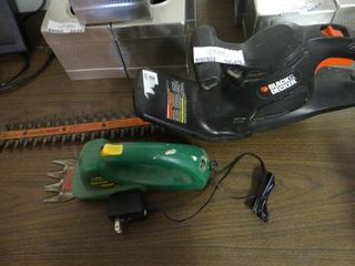 Black and Decker Hedge Trimmer and Grass Shear