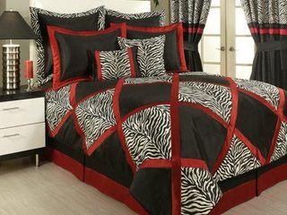PCHF True Safari Black 4 piece Bedding Collection  Retail 207 00