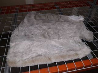 large Fluffy Gray Blanket and Two Pillow Cases