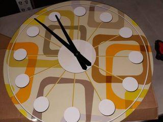 Retro Square Design wall clock