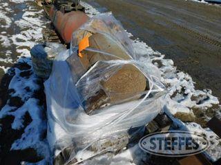 Pallet of 4 propane tanks 1 jpg