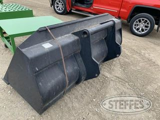Telehandler bucket 1 jpg