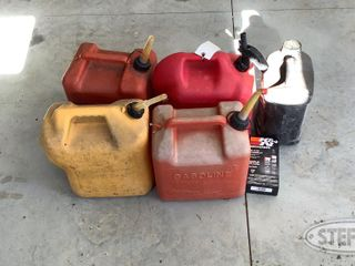 4 Gas Cans 0 jpg