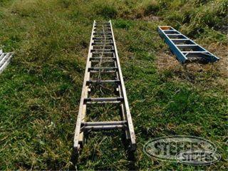 Fiberglass Extension ladder 0 jpg
