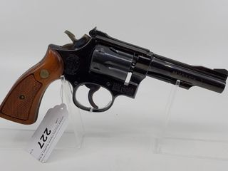 Smith   Wesson Model 48 4 Revolver  22 Mag