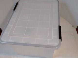 IRIS 32 Qt  Weathertight Storage Box in Clear