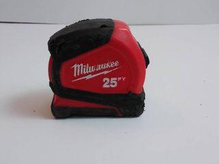 Milwaukee 25 ft measuring tape