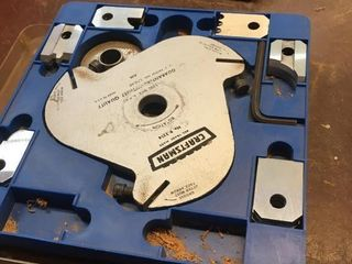 Molding blade