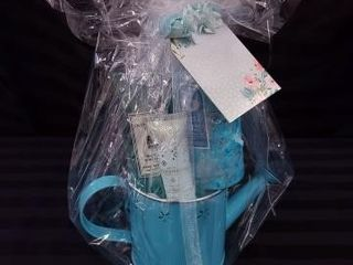TEAl HOSTESS GIFT SET  INClUDES HAND lOTION  HAND