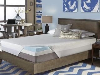Comforpedic loft from Beautyrest 3 inch Gel Memory Foam Mattress Topper with Water Resistant Cover  Retail 251 49