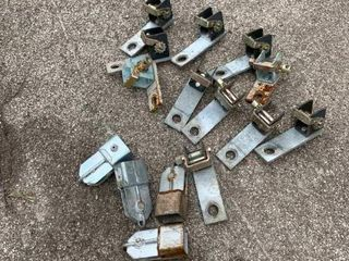Truck tie down rachets