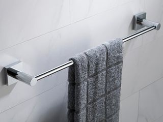 KRAUS Ventus Bathroom 18 inch Towel Bar