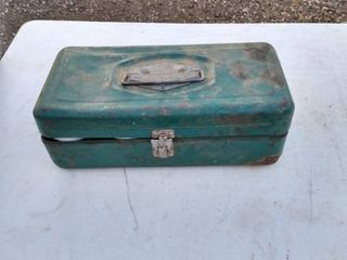 metal Victor box with hand riveter and rivets