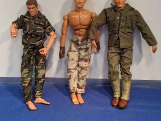3 GI Joe dolls