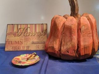 harvest sign wooden pumpkin and dish