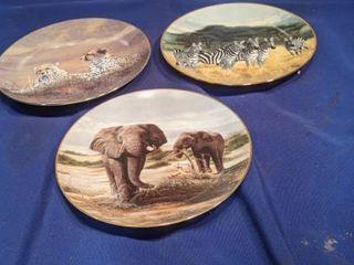 three plates of Grand Safari image of America