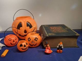 plastic pumpkins and book of spell portion and creepy connection book needs batteries