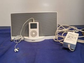 bose iPod charger with 20 gig iPod untested