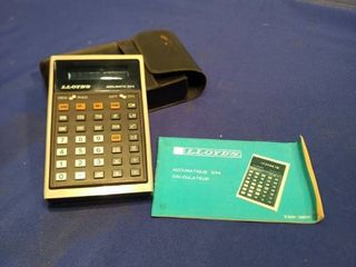 lloyd s calculator with case and manual